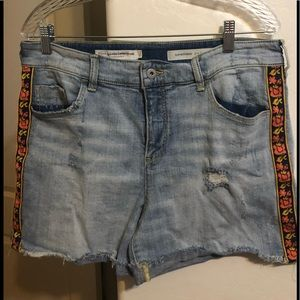 Anthropologie | Pilcro Jean Distressed Shorts